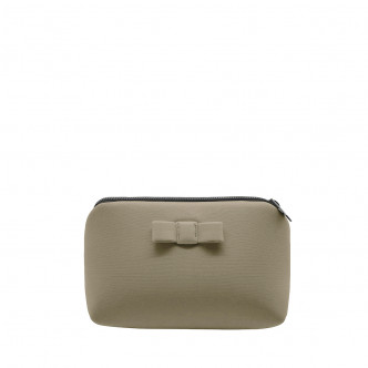 The beige Secrete pouch is good for a Safari trip