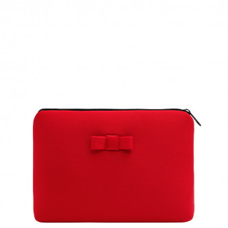 The Red Discrète Pouch